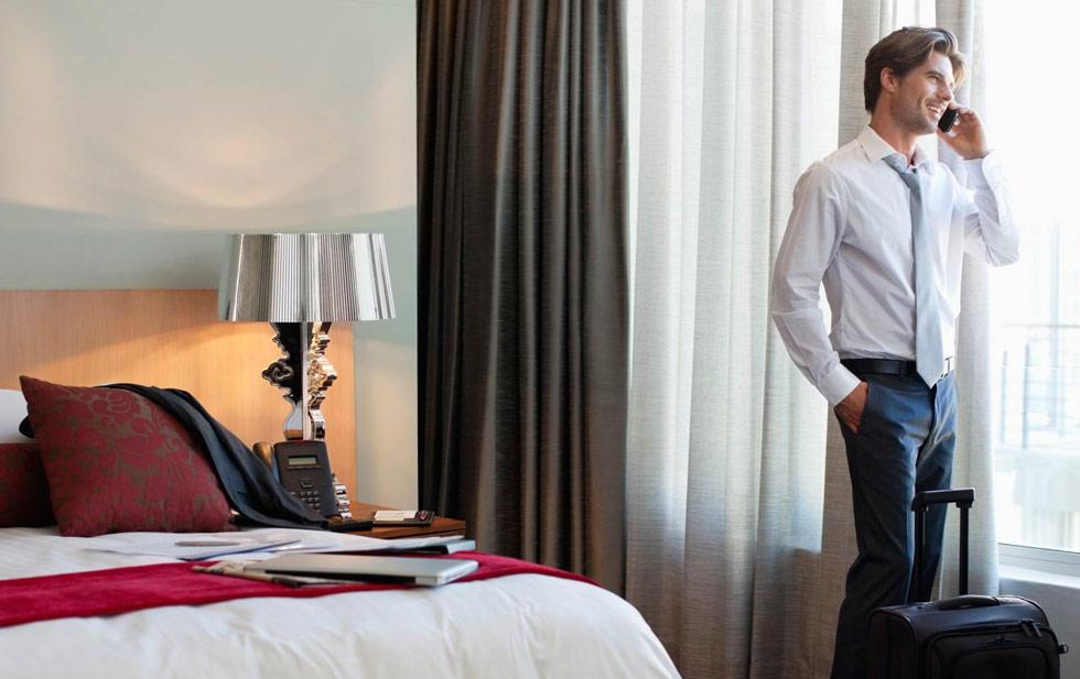 Забронировать номер отеля в Санкт-Петербурге онлайн